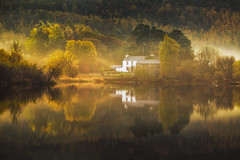 The House (Vemsteroo) Tags: morning autumn trees house mist colour nature fog sunrise canon outdoors bay northwest derwent cottage lakedistrict glorious cumbria derwentwater thelakes 2470mm circularpolariser beautyinnature visitengland leefilters visitbritain strandshag