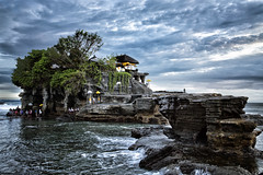 Tanah Lot, Bali (Marie Ooi) Tags: sunset bali holiday seascape history tourism architecture canon indonesia landscape temple ancient waves religion landmark bluehour hindu touristattraction tanahlot balinese tanahlottemple 5dmiii marieooi