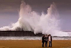 LAUKOTE (juan luis olaeta) Tags: photoshop canon olas plentzia euskalherria basquecountry playas temporal paisvasco uribekosta kostaldea ligthroom mareton canoneos60d