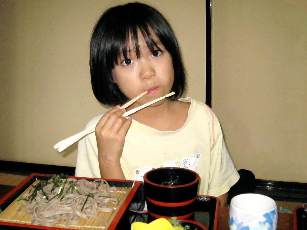 echizen.mine.nu Little Girl Eating Soba (Dakiny) Tags: family summer food girl japan child daughter