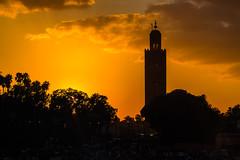 Marrakesh Golden (bienve958) Tags: plaza sunset square landscape cityscape place ngc morocco maroc marrakech puestadesol marruecos siluetas goldenhour koutoubia kutubia coucherdusoleil jemaaelfnaa mosquekoutoubia horadorada plazajamaaelfnaa