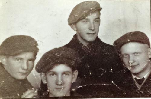 Mieszkańcy Szydłowca, prawdopodobnie żołnierze AK