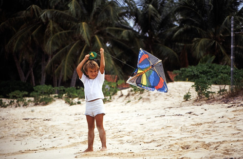 "Bahamas 1988 (650) New Providence: Love Beach • <a style=""font-size:0.8em;"" href=""http://www.flickr.com/photos/69570948@N04/25226912253/"" target=""_blank"">View on Flickr</a>"