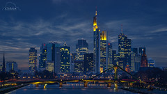 Skyline of Frankfurt with the Floesser Bridge (IbizaHippyPhoto) Tags: bridge skyline germany deutschland cityscape frankfurt main bluehour frankfurtammain mainhattan blauestunde brcke