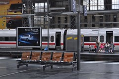 Frankfurt am Main (3) (AntyDiluvian) Tags: trip railroad berlin ice station train germany deutschland frankfurt platform hauptbahnhof hbf mannheim frankfurtammain intercityexpress 2015 ice597