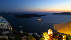 Santorini (arka76) Tags: amazing europa europe mediterranean mediterraneo peace peaceful santorini greece grecia dreams bluehour magicmoment amazingscenery dreamplaces lugaresdeensueo stunningplaces