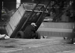 La otro lado de la Ciudad (karenpineros005) Tags: calle bogot centro urbano ambulante