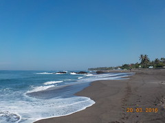 DSCN2018 (petersimpson117) Tags: pantai seseh