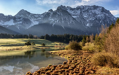 Schmalensee (MC-80) Tags: mountain lake water germany bayern deutschland bavaria see wasser berge karwendel karwendelgebirge schmalensee