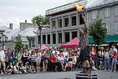 DSC_0928 as Smart Object-1 (Samuel Ladouceur) Tags: canada quebec montreal foule feu jongleur amuseursderue spectateur