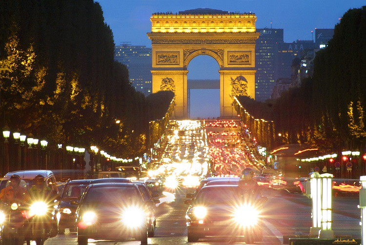Arc-de-Triomphe-Champs-Elysees-Paris-France