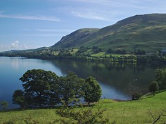 Ullswater near Howtown (nisudapi) Tags: uk reflection landscape view walk lakes lakedistrict hike cumbria ullswater glenridding 2015 howtown