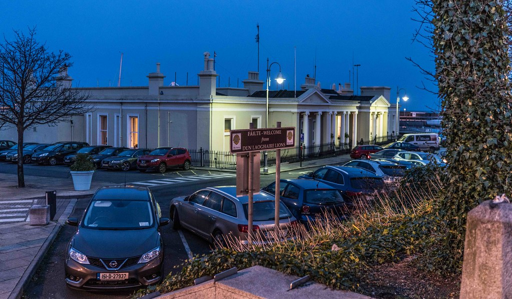 DUN LAOGHAIRE AT NIGHT [JANUARY 2016]-111254