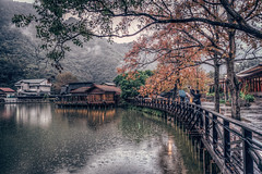Rainy day  in Taiwan Shuili, Nantou    DSC_9657 (Ming - chun ( very busy )) Tags: street travel light lake rain maple nikon 28mm taiwan  rainy nikkor f18    d800 streetshot  28mmf18 nantou    shuili       streetsnap streetscence       nikon28mmf18  f1828mm