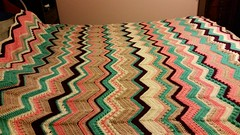 Vanessa Kirkpatrick (The Crochet Crowd) Tags: game stitch right blanket afghan throw crochetblanket thecrochetcrowd stitchisright