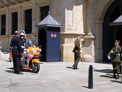 Luxemburg, stad Luxemburg (glanerbrug.info) Tags: 2003 police luxembourg polizei centrum luxemburg politie luxembourgcity ltzebuerg luxemburgstadt ltzebuergstad luxemburgkantonluxemburg