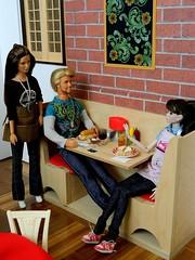 Boolster's Brew - Squeaky Leaky? (rata-tat-tat) Tags: dolldiorama barbiediorama