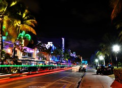 streaking on ocean drive (Rex Montalban Photography) Tags: longexposure florida miami southbeach hdr oceandrive 10seconds rexmontalbanphotography