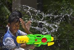 IMG_3206bs (Phuketian.S) Tags: new city boy people holiday man men water girl car bike fun thailand town funny gun outdoor year newyear thai laugh droplet отдых рыбалка вода город природа люди праздник лето год оружие новый пистолет тайланд таиланд пхукет phuketian forumlinvoyagecom httpforumlinvoyagecom phuketphotographernet