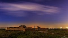 El patio de la casa.... (Jorge Lzaro Fotografa) Tags: azul noche paisaje cielo nubes estrellas nocturna norte circumpolar trazas piedraseca