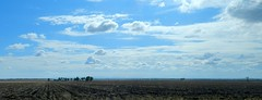 DSCN2239 (LoxPix2) Tags: road storm mountains bird river duck scenery farm hill australia brisbane mirage powerstation roadtrain lockyervalley loxpix