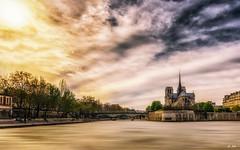 Cathdrale Notre-Dame de Paris (Stphane Slo) Tags: city urban paris france macro architecture clouds pentax monuments nuages glise hdr ville urbanlandscape cathdralenotredamedeparis pentaxk3ii