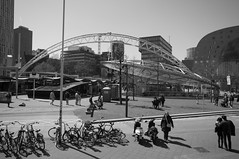 Rotterdam 01-05-2016 SM-24 (Pure Natural Ingredients) Tags: blackandwhite bw white black holland monochrome rotterdam nederland thenetherlands zwart wit zuid benw