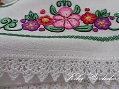 KikaBordados Kika  Krauss 151 (Kika Bordados by Angelica Krauss) Tags: flowers flores frutas fruits branco cores crochet craft bordados bordado croche panosdepratos bordadosfeitomo kikabordadoskikakrauss