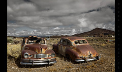 Love Hate Relationship (Whitney Lake) Tags: mountain abandoned junk rust desert nevada nash ambassador 1947 goldfield