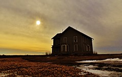 dead calm... (BillsExplorations) Tags: abandoned rural dead ruins time decay calm forgotten abandonedhouse ruraldecay shuttered deadcalm abandonedillinois oncewashome