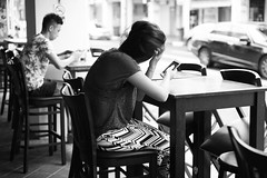 Each in their own world (ah.b|ack) Tags: street bw zeiss t 50mm singapore bokeh sony stare handphone wideopen f15 sonnar zm a7ii zeisscsonnart1550mmzm a7mk2