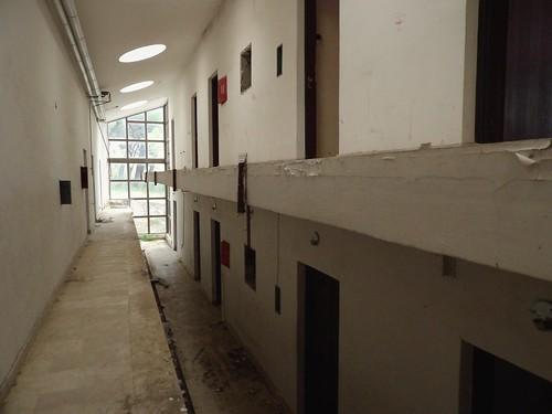 Les chambres et salles d'activités pour les enfants du centre