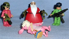 Santa visits the Easter Bunny (Darth Ray) Tags: santa christmas bunny up easter couple with visit before aliens armor accessories nightmare elves minimates
