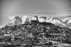 Fermo (Fabrizio Diletti (Fermo, Italia)) Tags: winter italy panorama white snow black landscape italia neve monte inverno bianco nero marche monti fermo sibillini vettore