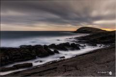 La  Balleta (Caramad) Tags: light sea seascape luz marina sunrise mar agua rocks wave playa amanecer monte olas rocas cantabria wate marcantbrico sonabia cerredo montelandscape
