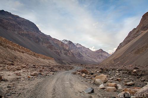 Droga w Dolinie Bartang