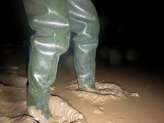 Midnight Mud for Le Chameau Waders! (essex_mud_explorer) Tags: wet mud boots delta rubber thigh muddy waders rubberboots rainwear gummistiefel schlamm thighboots cuissardes lechameau rubberwaders