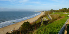 Golden Sands (Durley Beachbum) Tags: sea cliff beach april bournemouth zigzag odc