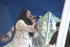 IMG_1542 (sdttds) Tags: students hippies livemusic free quad wef ucdavis wholeearthfestival musicandartfestival
