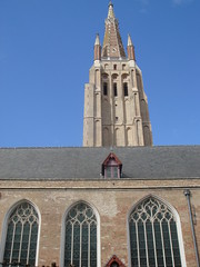 Exterior - Onze-Lieve-Vrouwekirk (Church of our Lady), Bruges. (greentool2002) Tags: