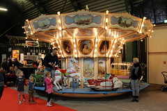 Merry-go-round (Davydutchy) Tags: horse netherlands cheval march wooden ride fairground nederland organ frise merrygoround paysbas friesland kiddie hout attraction orgel bois carrousel niederlande houten paard paarden draaimolen drachten caroussel draaiorgel 2016 frysln frisia leierkasten holzpferd oldtimerbeurs draaimolenpaard