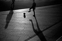 #kick (Scopello4) Tags: shadow kick hastings reflets fooball