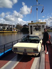 (Private) ferry between Moordrecht and Gouderak, The Netherlands (BP-83) Tags: holland ford netherlands ferry river private day crossing nederland sunny convertible veer pont hart 1968 mustang gt groene 302 moordrecht gouderak