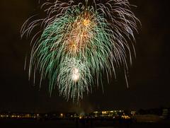 Munich  lights up (werner boehm *) Tags: munich firework feuerwerk frhlingsfest theresienwiese wernerboehm