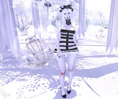White Pearl (RoxxyPink) Tags: white black fashion hair blackwhite shiny mesh suicide mandala alterego empire re catz kinky lovey dovey dollz shabby puki roxxy maitreya slink meshhead cynful meshbody lushish lushishcatz suicidedollz shinyshabby merlific fashionuschies roxxypink