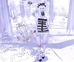 White Pearl (RoxxyPink) Tags: white black fashion hair blackwhite shiny mesh suicide mandala alterego empire re catz kinky lovey dovey dollz shabby puki roxxy maitreya slink meshhead cynful meshbody lushish lushishcatz suicidedollz shinyshabby merlific fashionuschies roxxypink