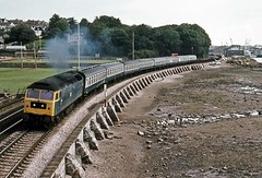 47069, Teignmouth, August 1977 (David Rostance) Tags: brush devon teignmouth class47 47069 47638 57301 47845 d1653