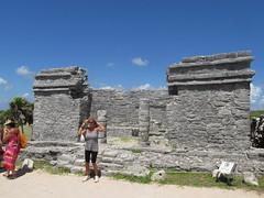 Agua, Ruinas y Paisajes