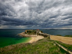 La tormenta........ (T.I.T.A.) Tags: sky galicia cielo nubes tormenta pontevedra tita capilla marverde alanzada lalanzada carmensolla capilladelalanzada carmensollafotografía carmensollaimágenes