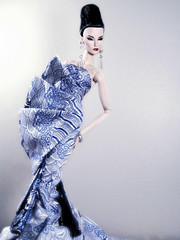 Blue China (Paris In BKK) Tags: toy doll elise convention jolie centerpiece cinematic fashiondoll fr starlet integrity guopei fashionroyalty kforrd